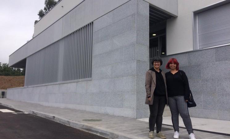 O presidente da Xunta inaugurou o curso de Secundaria nun Instituto plagado de eivas